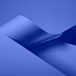 Papiertragetaschen und Tüten, blau